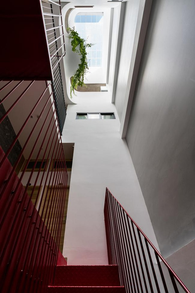 """Nhà phố Vũng Tàu có mặt tiền """"vườn chồng vườn"""" độc đáo - 11"""