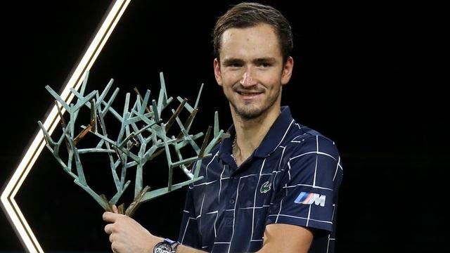 Daniil Medvedev giành cúp vô địch tại Paris Masters 2020 - 1