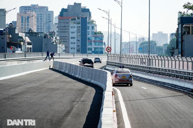 Thông xe đường vành đai 2 trên cao đoạn Ngã Tư Sở - Trường Chinh - 4