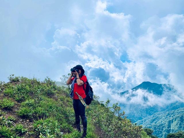 Nữ phượt thủ U60 đặt chân 62 tỉnh thành, leo 26km núi đầy ngoạn mục - 10
