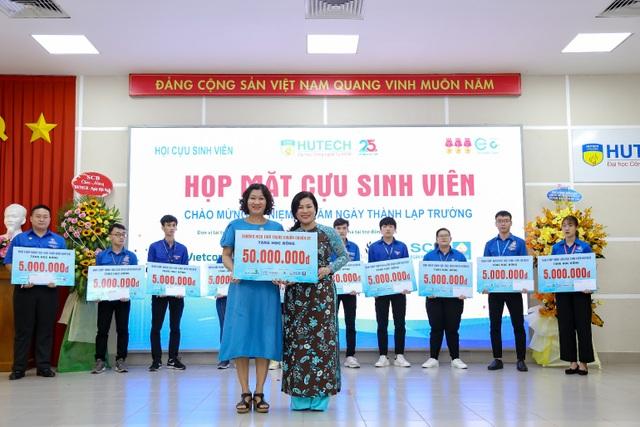 Hội Cựu sinh viên HUTECH quyên góp hơn 250 triệu đồng thiện nguyện trong ngày ra mắt - 2