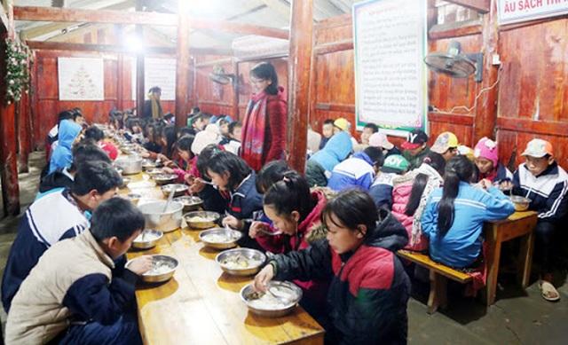 Lào Cai: Siết chặt quản lý các bếp ăn tập thể trường học - 1