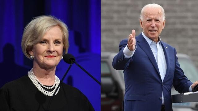 Vợ ông McCain tham gia nhóm cố vấn chuyển giao quyền lực của Biden - 1