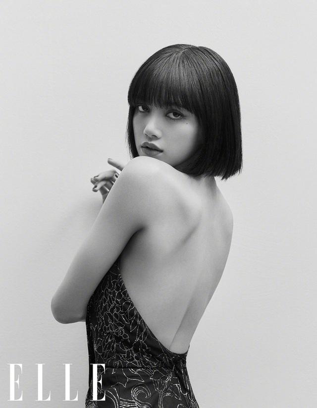 Mỹ nhân sở hữu gương mặt đẹp nhất châu Á Lisa khoe vai trần gợi cảm - 2