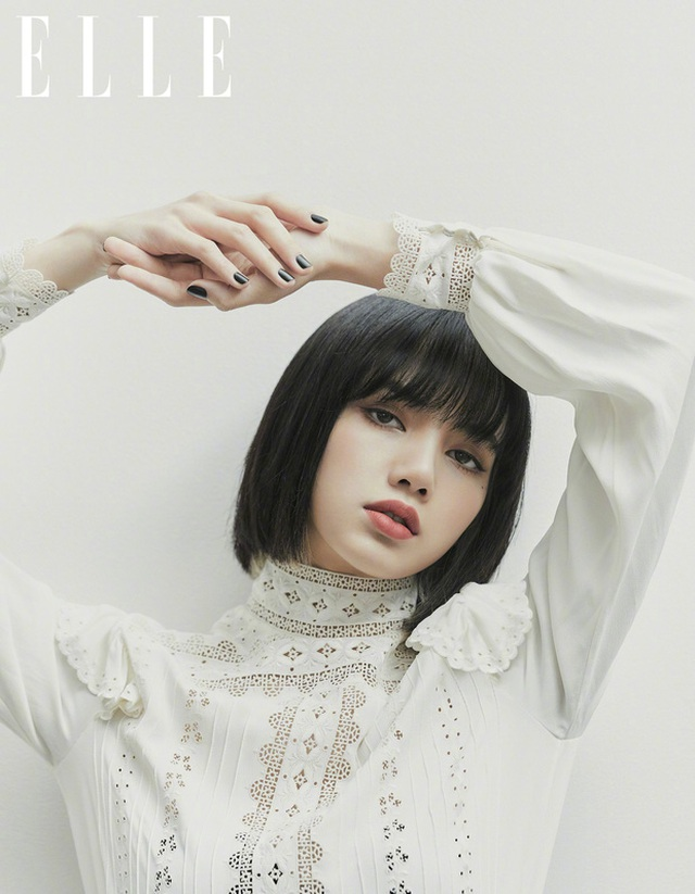 Mỹ nhân sở hữu gương mặt đẹp nhất châu Á Lisa khoe vai trần gợi cảm - 4