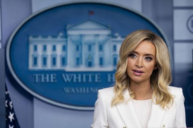 """""""Tố"""" đảng Dân chủ gian lận, thư ký báo chí Nhà Trắng bị Fox News cắt sóng - 1"""
