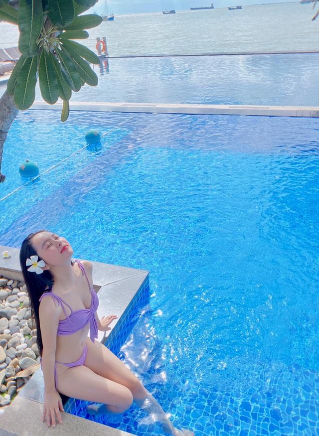 Nữ sinh Kon Tum nổi tiếng vì giống Lưu Diệc Phi thả dáng nuột nà với bikini - 5