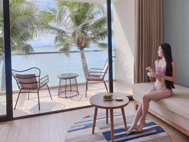 Nữ sinh Kon Tum nổi tiếng vì giống Lưu Diệc Phi thả dáng nuột nà với bikini - 7