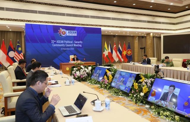 Ngoại trưởng ASEAN trông đợi xây dựng thành công quy tắc ứng xử trên biển - 1