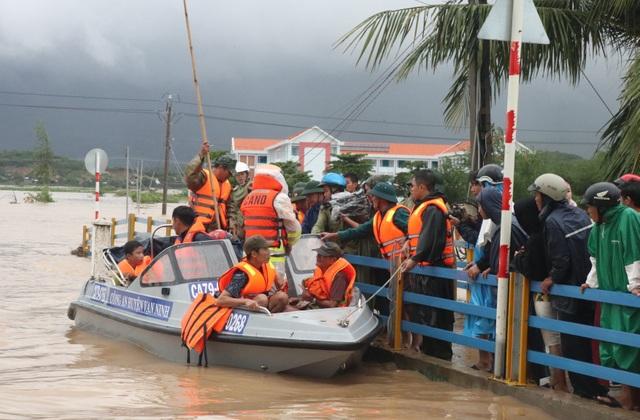 """""""Ngập lụt chưa từng có trong 10 năm trở lại đây"""" - 2"""