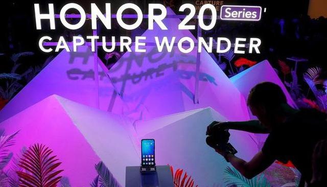Huawei bán thương hiệu Honor để tập trung vào mảng smartphone cao cấp - 1