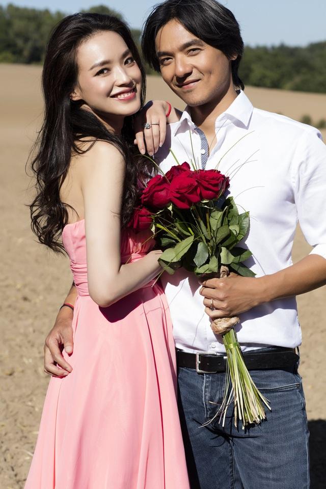 Nhan sắc trẻ đẹp ngỡ ngàng và hôn nhân viên mãn của Thư Kỳ ở tuổi 44 - 18