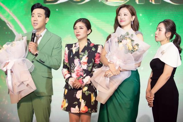 """Trấn Thành """"cà khịa"""" khả năng dùng tiếng Việt của Hari Won - 2"""