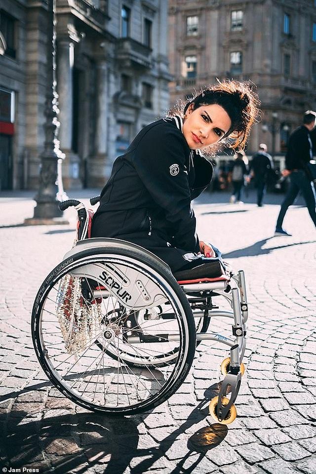 Cuộc sống gia đình viên mãn của người phụ nữ mất đi đôi chân ở tuổi 18 - 4