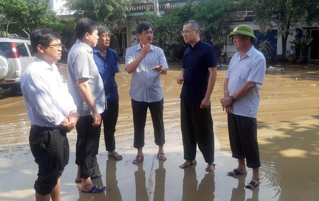Phú Yên: Khẩn trương giúp dân khắc phục hậu quả bão, lũ…ổn định cuộc sống - 8