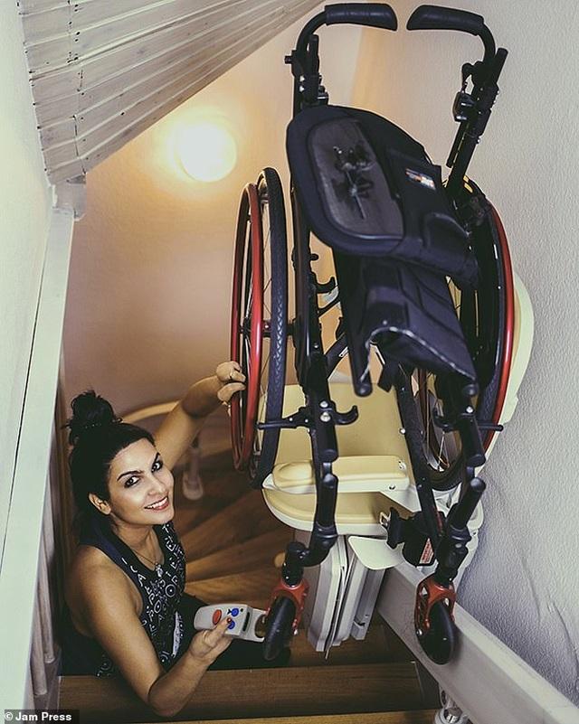 Cuộc sống gia đình viên mãn của người phụ nữ mất đi đôi chân ở tuổi 18 - 22