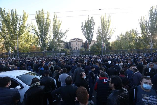 Vì sao người Armenia giận dữ về thỏa thuận đình chiến với Azerbaijan? - 2