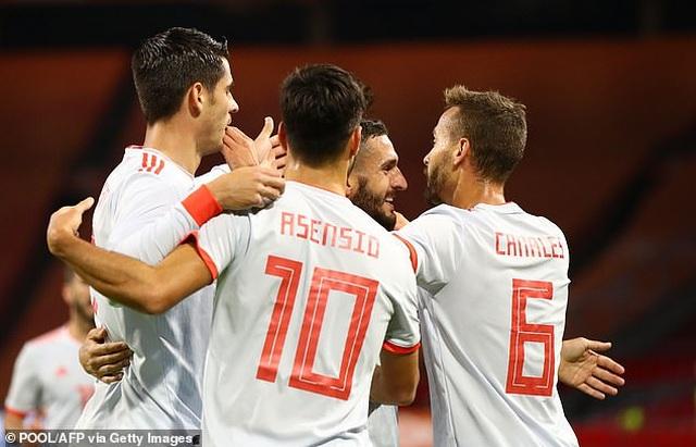 Van de Beek ghi bàn, Hà Lan bất phân thắng bại với Tây Ban Nha - 9