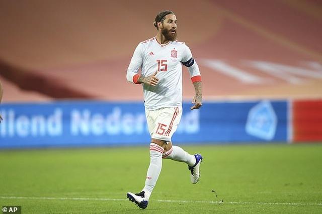 Van de Beek ghi bàn, Hà Lan bất phân thắng bại với Tây Ban Nha - 7