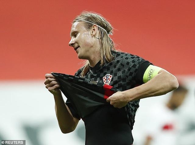 Đang thi đấu, ngôi sao Croatia phải đi cách ly vì nhiễm Covid-19 - 1