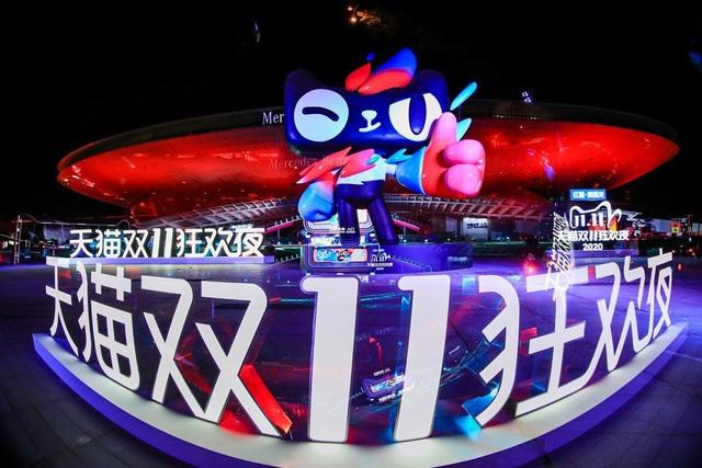 Mua sắm trực tuyến ngày 11/11 tăng đột biến, Alibaba đạt thêm kỷ lục mới - 1