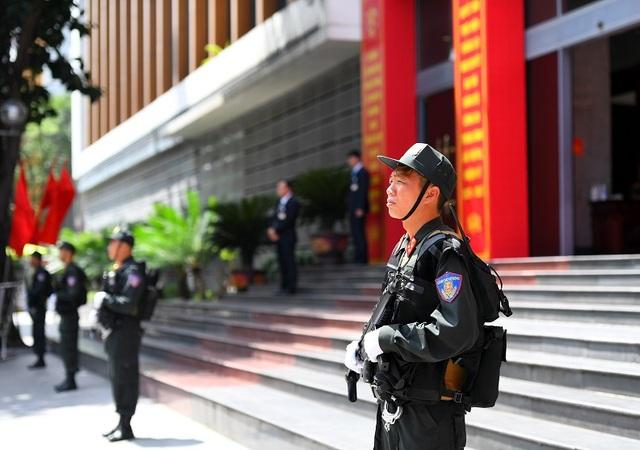 Áp dụng công nghệ bảo vệ mục tiêu do cảnh sát canh gác - 1