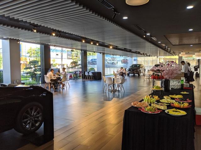 Mở rộng mạng lưới phân phối, Mazda đáp ứng kỳ vọng của khách hàng - 2