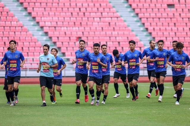 Tuyển Thái Lan chuẩn bị nghiêm túc cho trận gặp đội Thai-League All Stars - 11