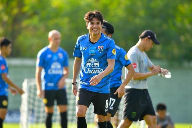 HLV Nishino hé lộ đội hình Thái Lan gặp Thai-League All Stars - 2
