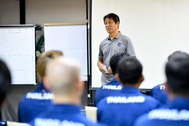 Tuyển Thái Lan chuẩn bị nghiêm túc cho trận gặp đội Thai-League All Stars - 10