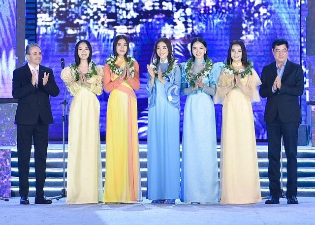 Lộ diện Top 5 Người đẹp Biển Hoa hậu Việt Nam 2020 - 7