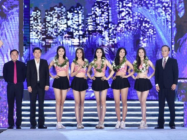 Lộ diện Top 5 Người đẹp Biển Hoa hậu Việt Nam 2020 - 2