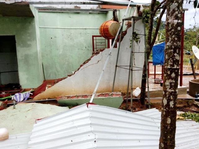 Quảng Nam: Bão lũ làm 47 người chết và mất tích, 8.400 tỷ bị cuốn trôi - 2