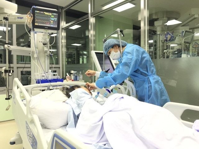Chuyện của những y tá nghiệp dư nơi bệnh viện - 1