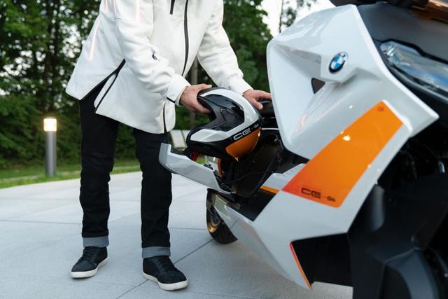 BMW CE04 - Cái nhìn mới về xe máy điện - 13