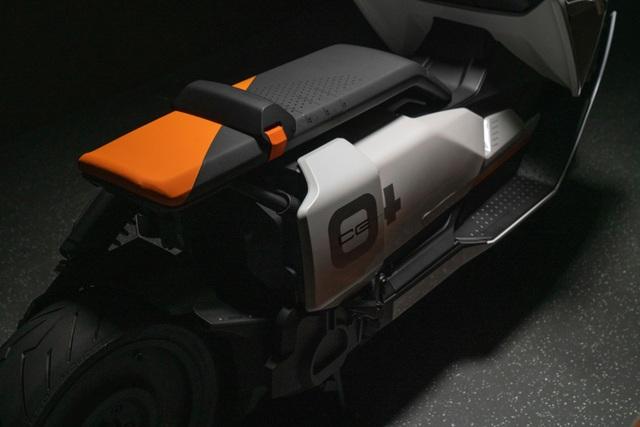 BMW CE04 - Cái nhìn mới về xe máy điện - 16