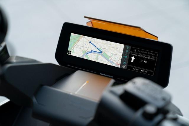 BMW CE04 - Cái nhìn mới về xe máy điện - 3