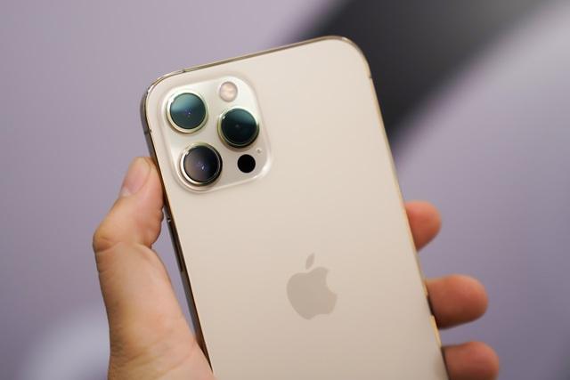 Trên tay iPhone 12 Pro Max đầu tiên tại Việt Nam, giá 53 triệu đồng - 5