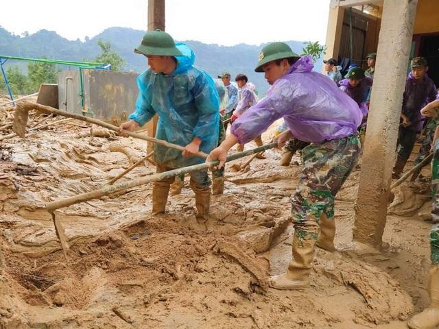 Quảng Trị: Học sinh trở lại trường là niềm vui lớn nhất dịp 20/11 - 7