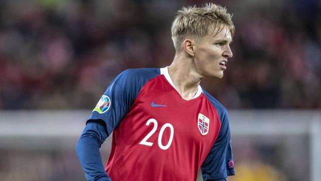 Erling Haaland và những ngôi sao không thể tham dự Euro 2020 - 2