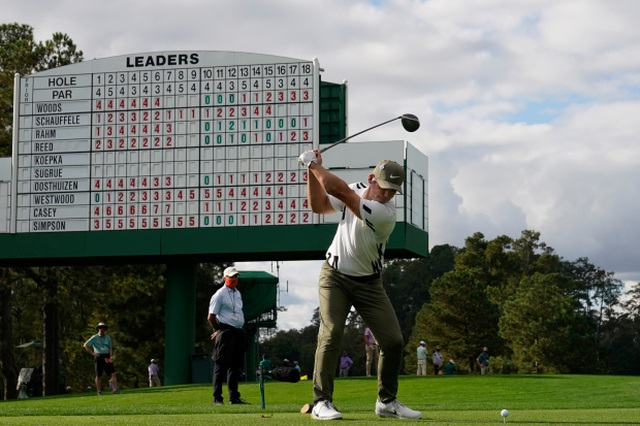 Vượt qua các đối thủ mạnh, tay golf Paul Casey dẫn đầu Masters 2020 - 1