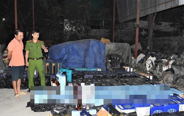 Bắt 1.000 chai rượu ngoại lậu từ Quảng Trị ra Hà Nội tiêu thụ - 1
