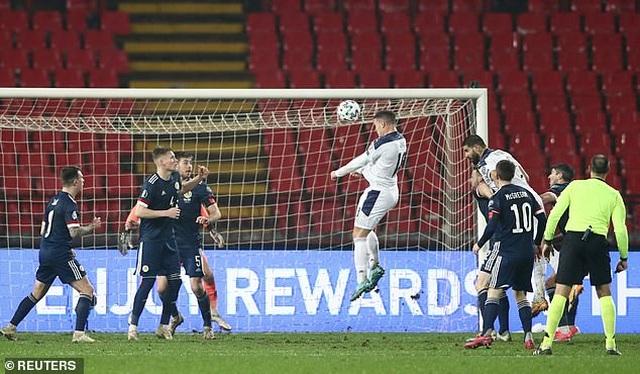 Xác định xong 4 đội bóng cuối cùng dự Euro 2021 - 2