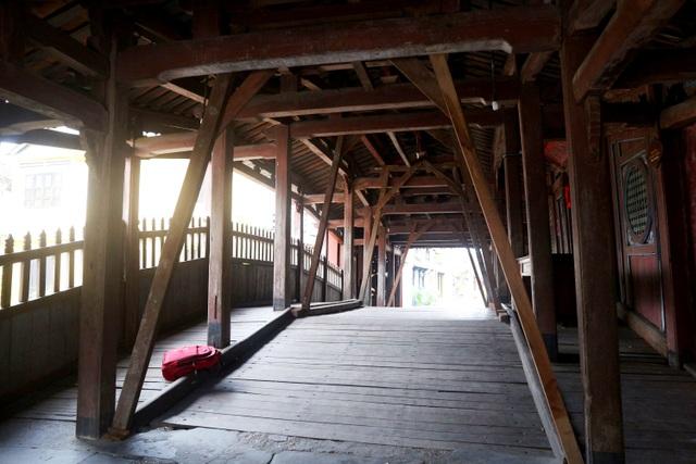 Hội An chèn chống di tích, nhà cổ trước khi bão 13 đổ bộ - 1