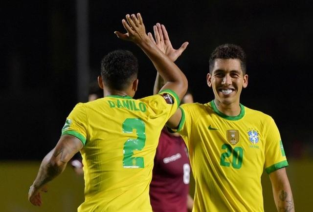 Vắng Neymar, Brazil nhọc nhằn chiến thắng ở vòng loại World Cup - 3