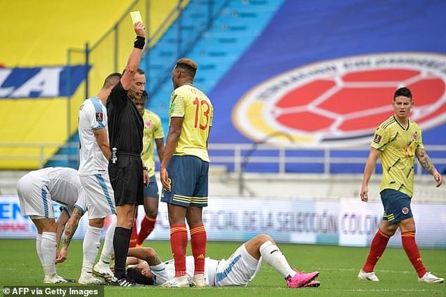 Cavani và Luis Suarez tỏa sáng ở vòng loại World Cup - 6