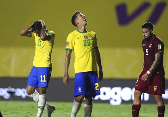 Vắng Neymar, Brazil nhọc nhằn chiến thắng ở vòng loại World Cup - 1