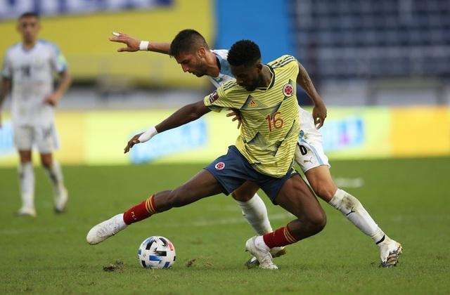 Cavani và Luis Suarez tỏa sáng ở vòng loại World Cup - 8