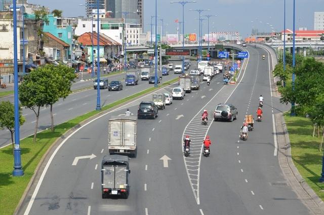 TPHCM quyết tâm thực hiện dự án buýt nhanh hơn 140 triệu USD - 2