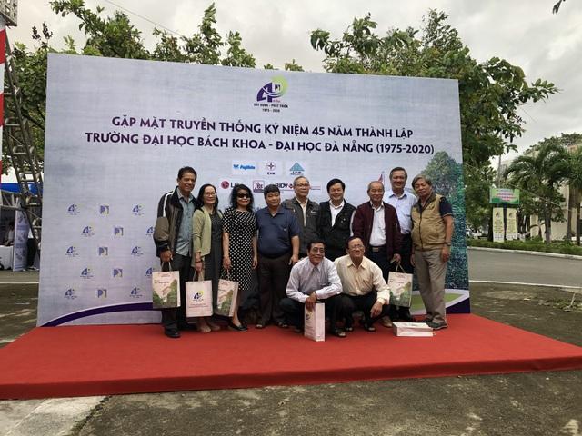 Trường ĐH Bách khoa Đà Nẵng đón danh hiệu Anh hùng lao động thời kỳ đổi mới - 2